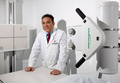 Dr. Nawabi with his imaging equipment