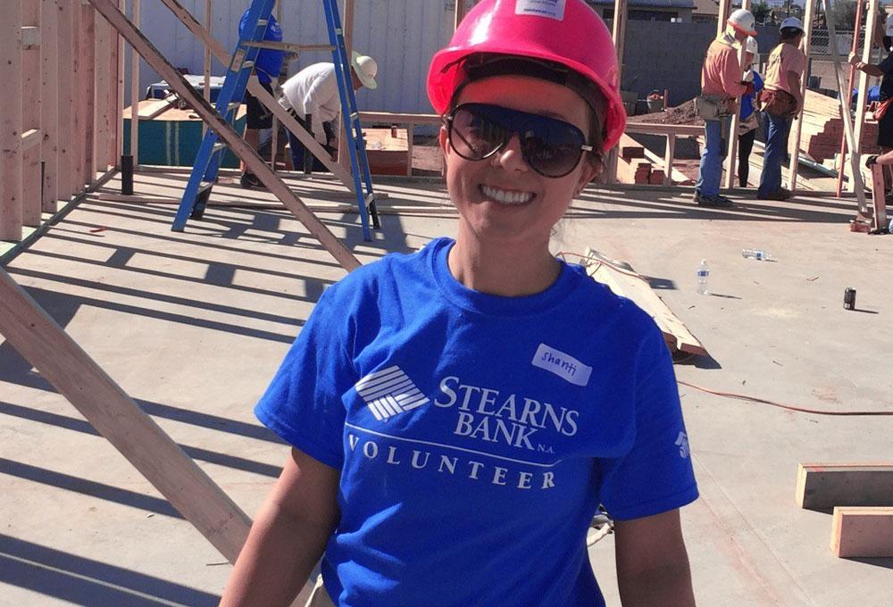 Stearns Bank volunteer for Habitat for Humanity